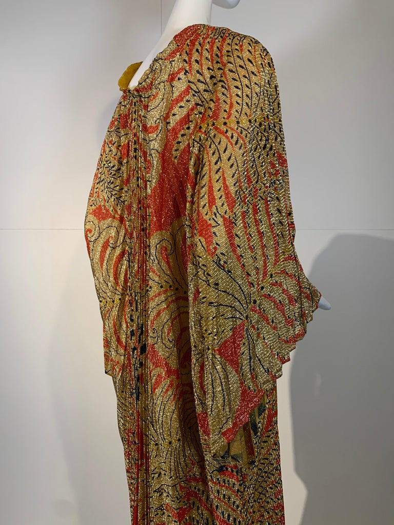 1960 Georgie Keyloun Pleated Gold Red & Black Lurex Print Caftan w/ Bell Sleeves For Sale 3