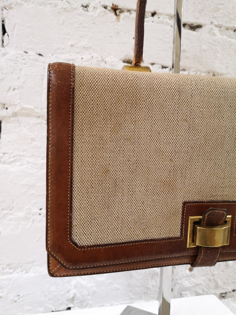 1960 Hermes leather and textile Handle Bag  For Sale 11