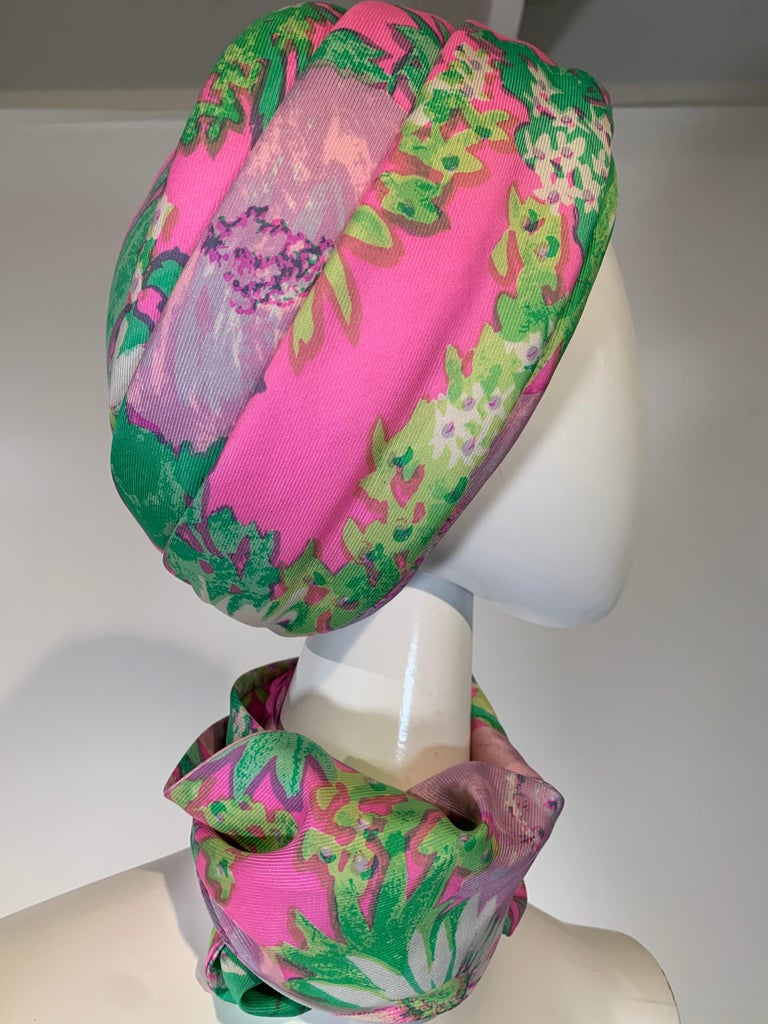 1960 Irene Of New York Fluorescent Floral Print Tufted Turban & Foulard Size M For Sale 5