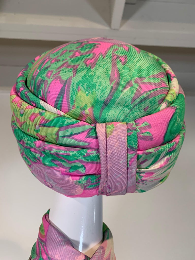 1960 Irene Of New York Fluorescent Floral Print Tufted Turban & Foulard Size M In Excellent Condition For Sale In San Francisco, CA