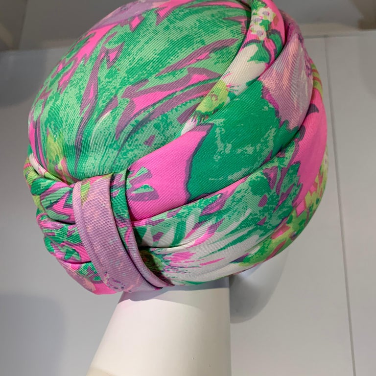1960 Irene Of New York Fluorescent Floral Print Tufted Turban & Foulard Size M For Sale 2