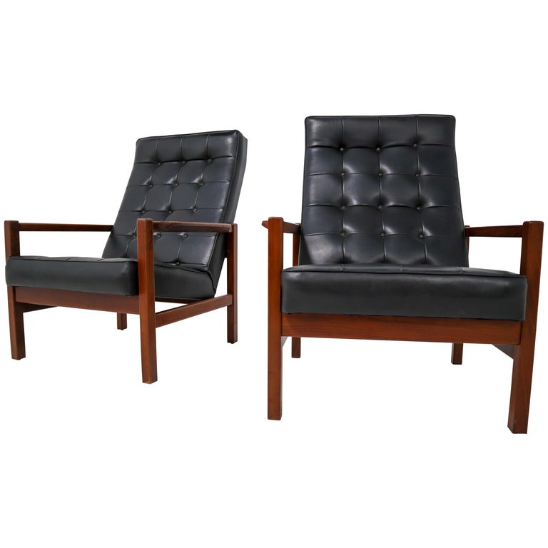 1960 Leather Rosewood Armchairs Made in England For Sale