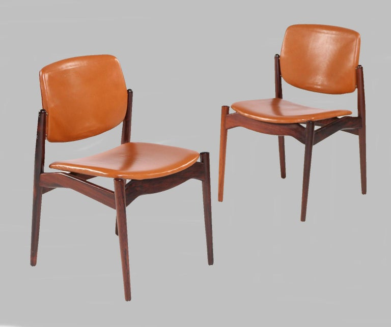 Scandinavian Modern Set of Five Erik Buch Refinished Dining Chairs in Rosewood, Inc. Reupholstery For Sale