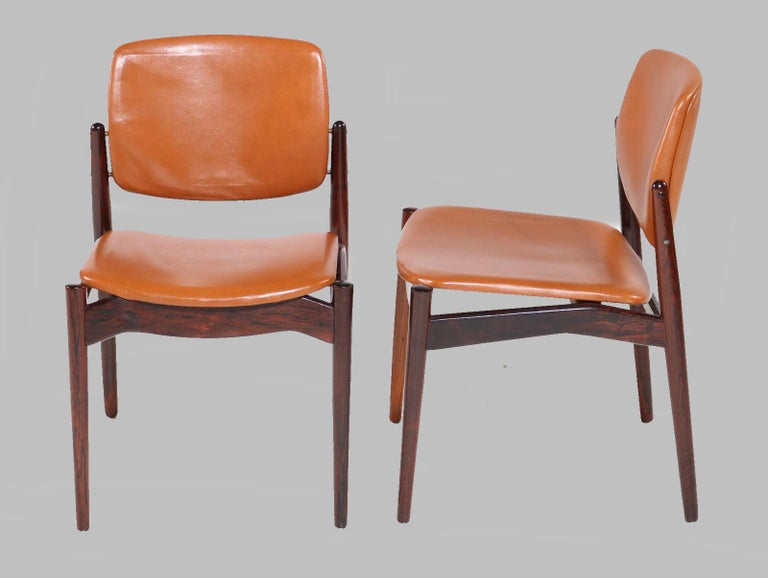 Set of Five Erik Buch Refinished Dining Chairs in Rosewood, Inc. Reupholstery In Good Condition For Sale In Knebel, DK