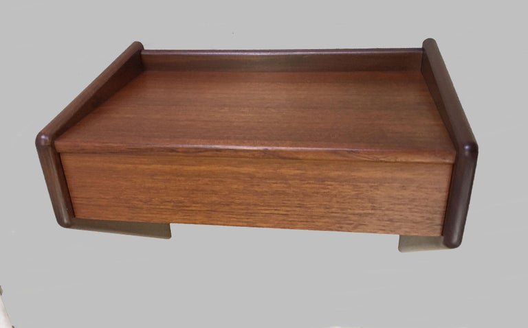 Mid-20th Century 1960s Set of two Danish Sigfred Omann Floating Nightstands in Teak by Oelholm