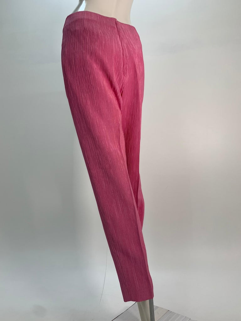 1960 Saks Pink Crinkle Capri Pant & Nehru Tunic Ensemble For Sale 12