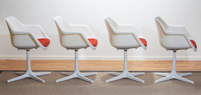 Mid-20th Century Set of Four White Swivel Chair by Robin Day for Hille, France, 1960