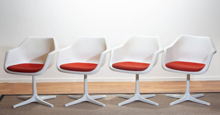 Set of Four White Swivel Chair by Robin Day for Hille, France, 1960 2