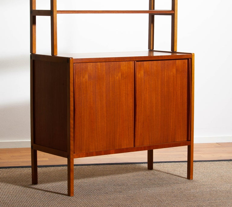 1960, Teak, Brass and Beech Bookcase by Bertil Fridhagen for Bodafors, Sweden For Sale 2