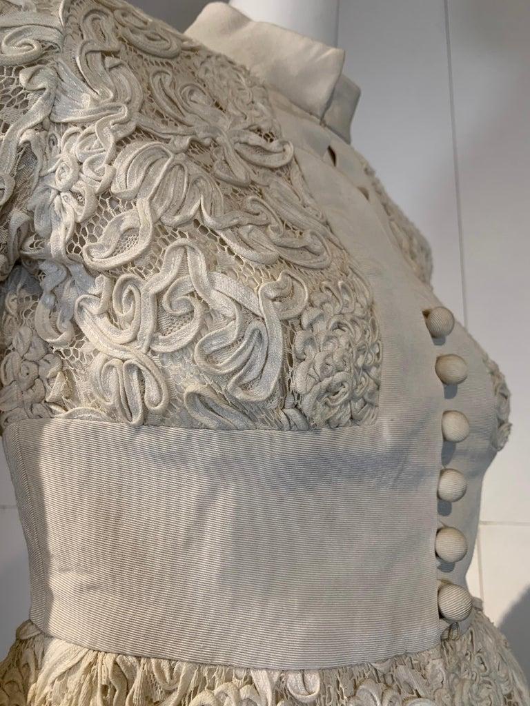 1960 Teal Traina Egg Shell Ribbon Lace Mini Dress W/ Wide Grosgrain Trim Size 4 For Sale 7