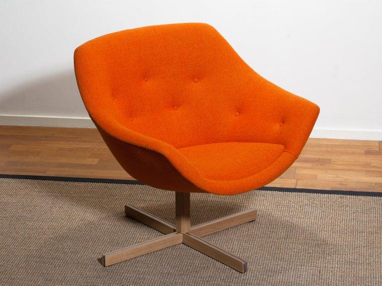 Finnish 1960s, 1 'Mandarini' Swivel Armchair by Carl Gustaf Hiort and Nanna Ditzel