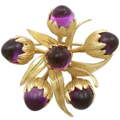 1960s 11.20 Carat Amethyst and Yellow Gold Brooch