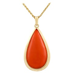 1960s 16.81 Carat Coral and Yellow Gold Pendant