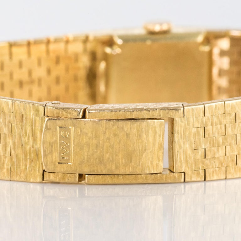 1960s 18 Karat Amati Yellow Gold Omega Ladies Watch For Sale 13