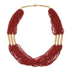 1960s 18 Karat Yellow Gold Coral Retro Necklace