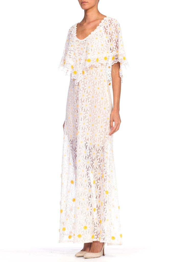 White 1960s - 1970s Floral Daisy Sheer Lace Dress For Sale