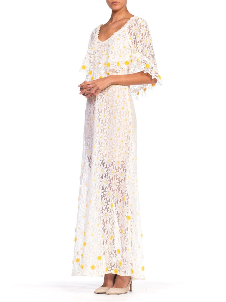 Women's 1960s - 1970s Floral Daisy Sheer Lace Dress For Sale