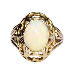 1960s 2.10 Carat Opal 18 Karat Rose Gold Retro Ring