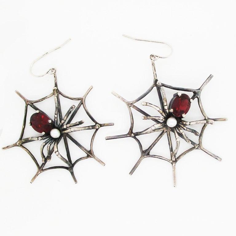 1960s 4 Carat Red Garnet Sterling Silver Handmade Spider Dangle Earrings For Sale 1