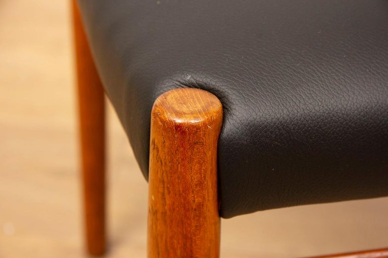 1960s 4 Teak and Leather Arne Vodder Sibast Scandinavian Model 418 Dining Chairs For Sale 3
