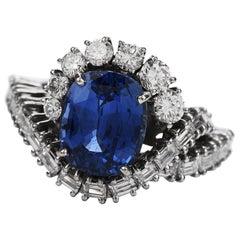 1960s 4.03 Carat Ceylon Sapphire Diamond 18 Karat Gold Bypass Ring