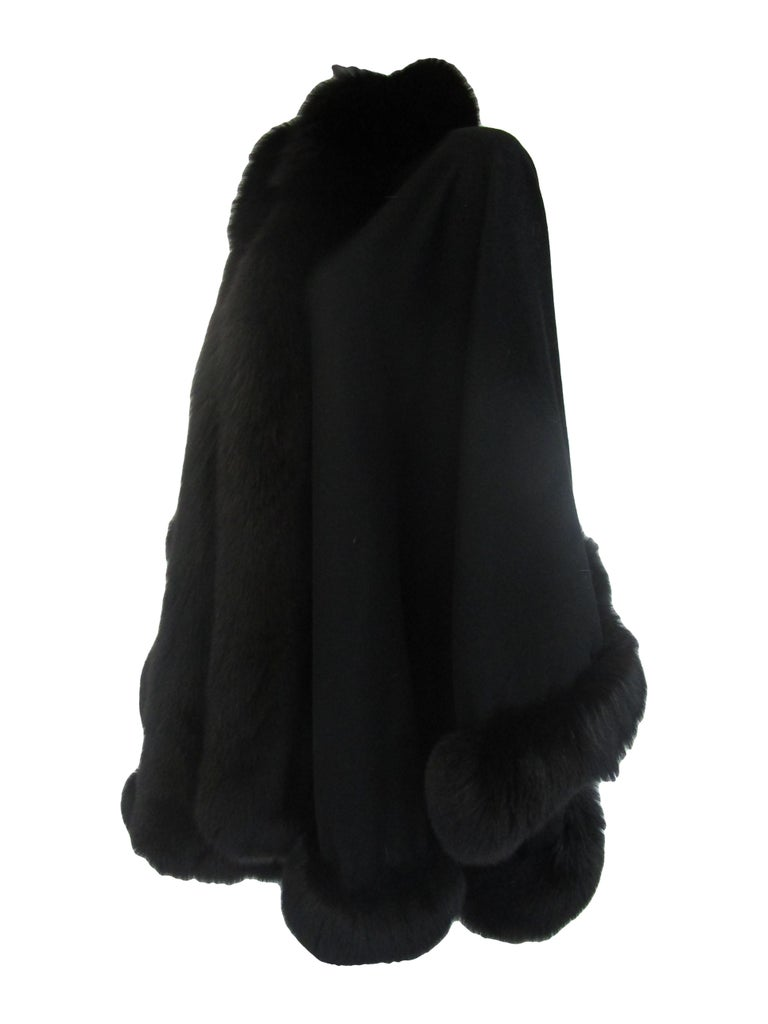 Women's 1960s Alixandre Black Fox Fur Cape  For Sale