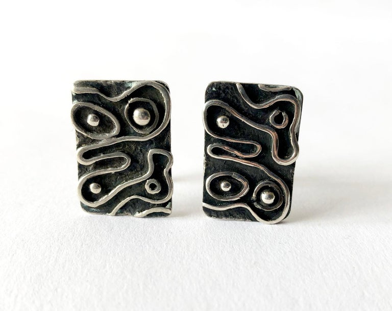 Men's 1960s American Modernist Sterling Silver Squiggle Cufflinks by iS For Sale