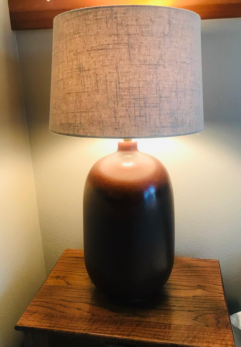 1960s American Pottery Table Lamp For Sale 4