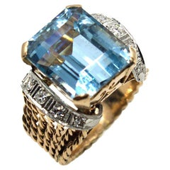 1960s Aquamarine Diamond 18 Karat Two-Tone Cocktail Ring