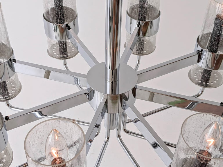 1960s Arredoluce Style Chrome Chandelier, Italia, circa 1960s For Sale 12