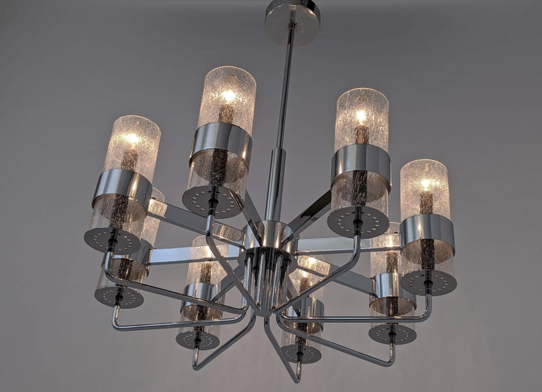 1960s Arredoluce Style Chrome Chandelier, Italia, circa 1960s In Good Condition For Sale In St- Leonard, Quebec