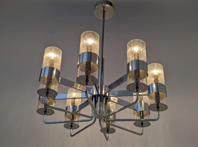 Mid-20th Century 1960s Arredoluce Style Chrome Chandelier, Italia, circa 1960s For Sale