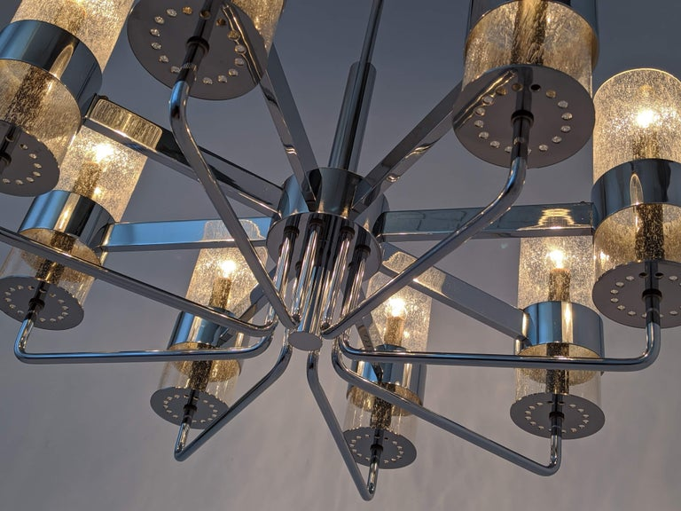 1960s Arredoluce Style Chrome Chandelier, Italia, circa 1960s For Sale 1