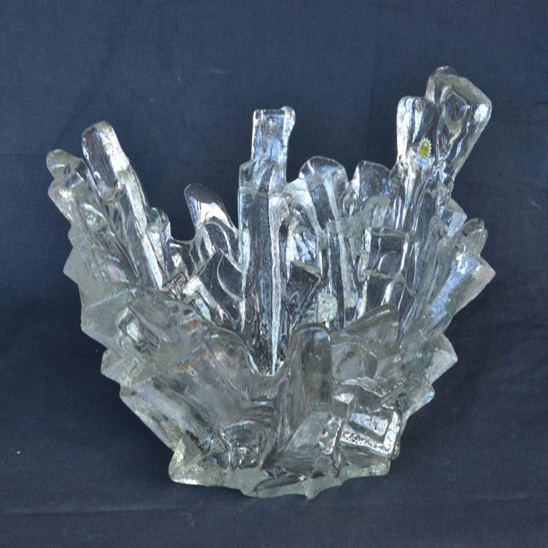 Finnish 1960s Art Glass Crystal Clear Bowl like Icicles by Santalahti, Humppila, Finland For Sale