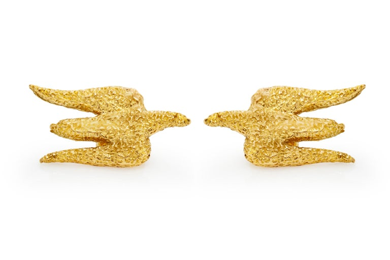 The earrings is finely crafted in 18k yellow gold . Beautiful ,stunning and unique earring. Circa 1960.  Sign by George braque.