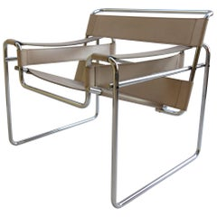 1960s B3 Wassily Chair Cream Leather Marcel Breuer for Gavina, Italy Bauhaus A
