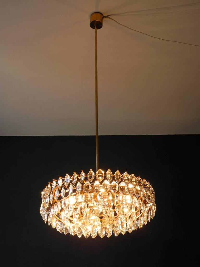Mid-Century Modern 1960s Bakalowits Crystal Chandelier with Brass Frame For Sale