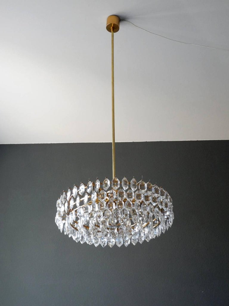 German 1960s Bakalowits Crystal Chandelier with Brass Frame For Sale