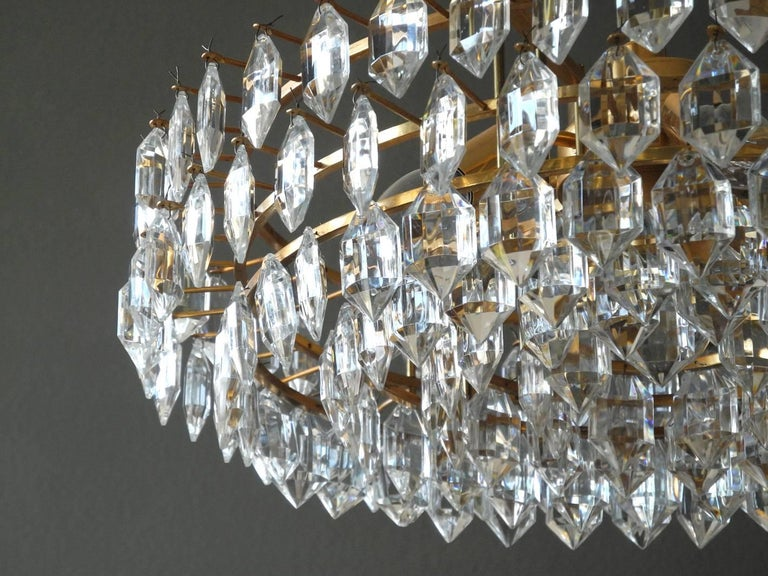 1960s Bakalowits Crystal Chandelier with Brass Frame For Sale 1