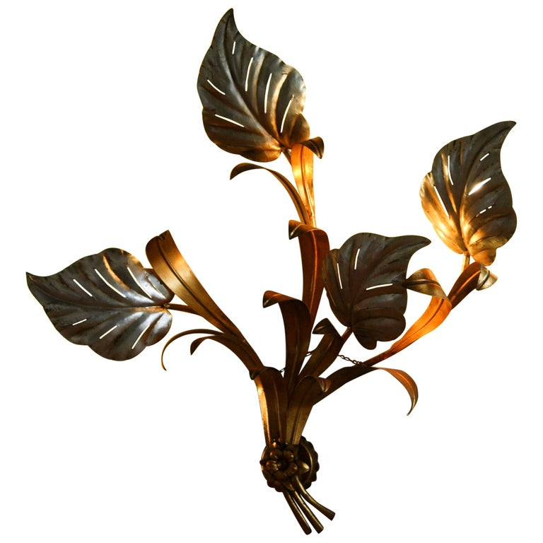 Late 20th Century 1960s, Beautiful Large Floral Italian Wall Light For Sale