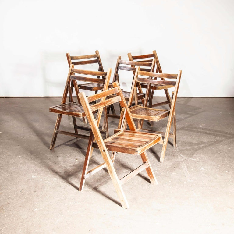 1960s Beech Folding Chairs, Dining, Outdoor, Walnut Stain, Set of Six In Good Condition For Sale In Hook, Hampshire