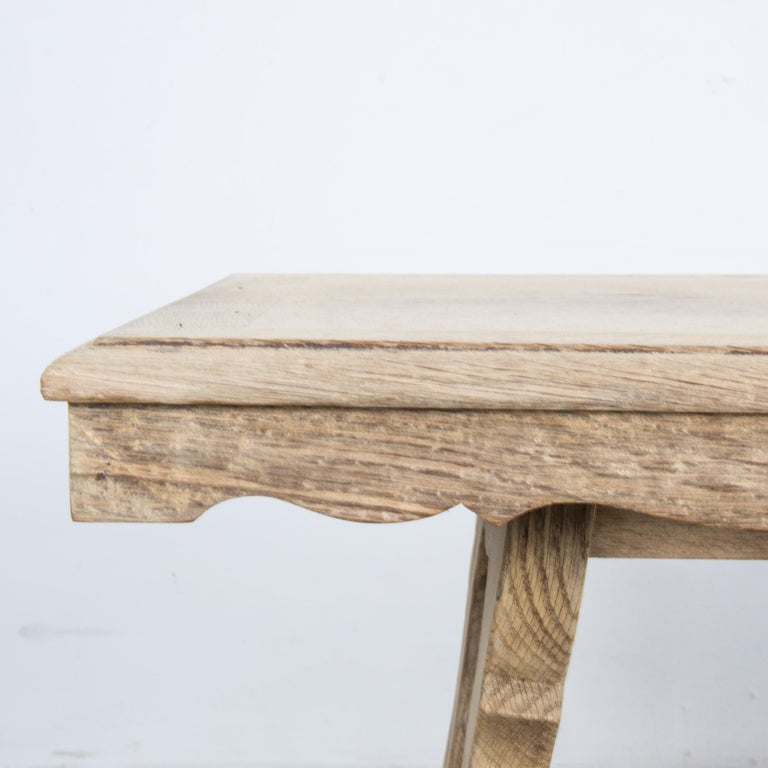 1960s Belgian Bleached Oak Coffee Table In Good Condition For Sale In High Point, NC