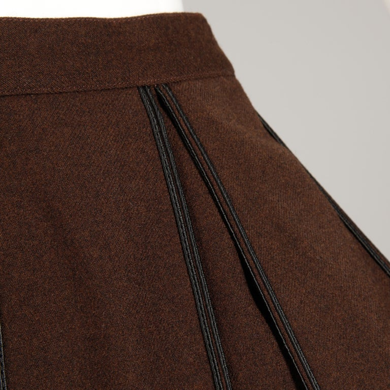 1960s B.H. Wragge Vintage Brown Wool Skirt with Box Pleats + Black Cord Trim In Excellent Condition For Sale In Sparks, NV