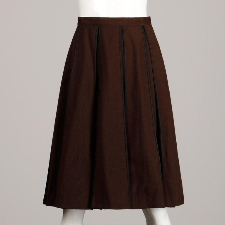 1960s B.H. Wragge Vintage Brown Wool Skirt with Box Pleats + Black Cord Trim For Sale 2