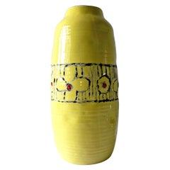 1960s Bitossi Ceramic Italian Modernist Yellow Flower Vase