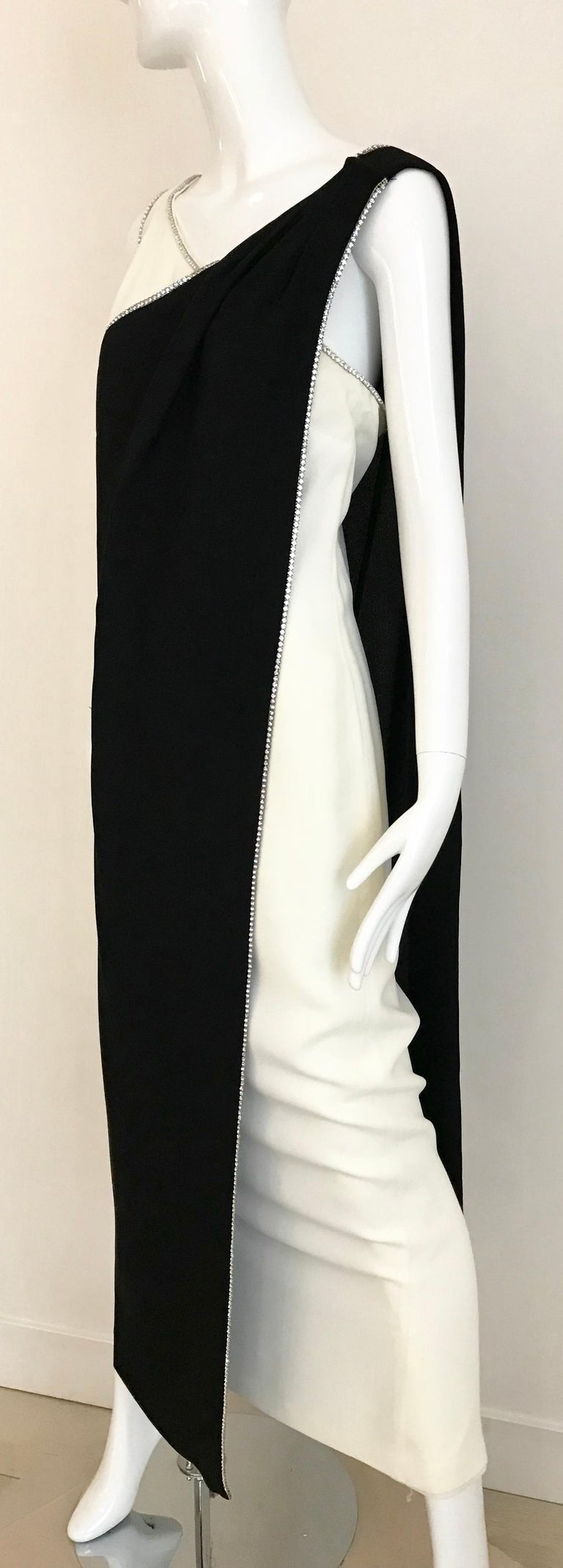 1960s Black and Cream Crepe Gown  For Sale 6