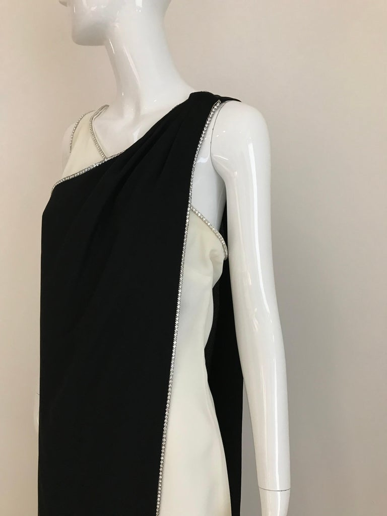 1960s Black and Cream Crepe Gown  For Sale 7