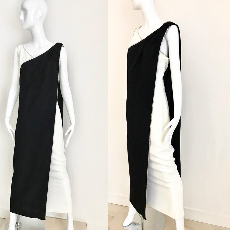 1960s Black and Cream Crepe Gown  For Sale 11