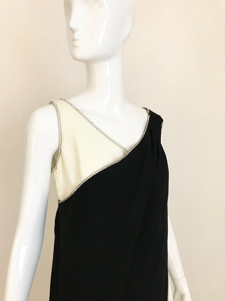 1960s Black and Cream Crepe Gown  For Sale 5