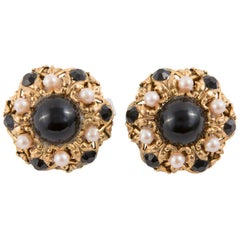 1960s Black and Gold Tone Clip on Earrings